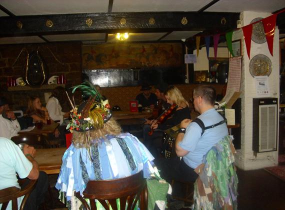 Everyone enjoys a good old folk jam session