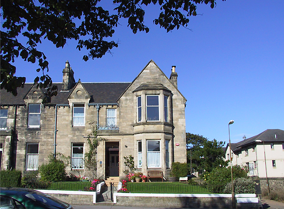 Straven Guest House, biker friendly B&B in Edinburgh