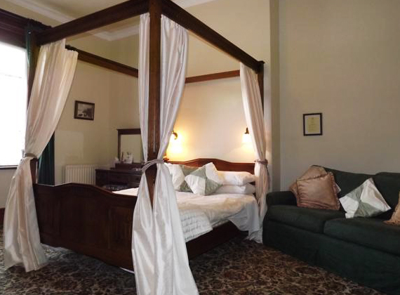 Four-poster Double Room