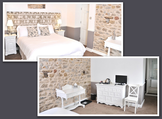 Room 21 - Features Original 300 year old stone walls and woodwork.